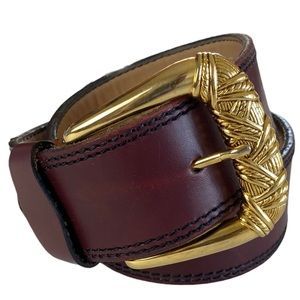 Vtg Mahogany Hand Crafted Leather Belt